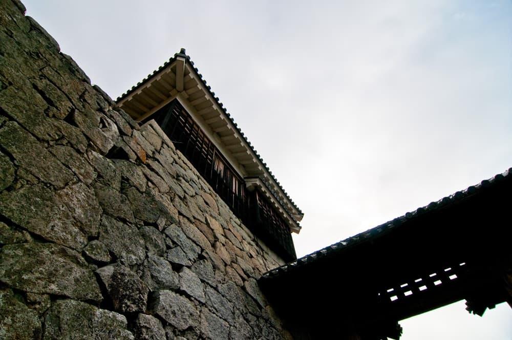 鳥居元忠。秀吉からの官位を断る家康への忠義、伏見城の戦いで戦死,アイキャッチ画像