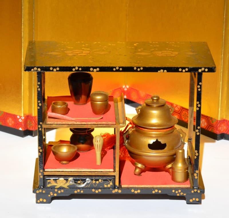 千利休(宗易)。織田信長の茶頭から豊臣秀吉の側近へ、わび茶を完成,画像01