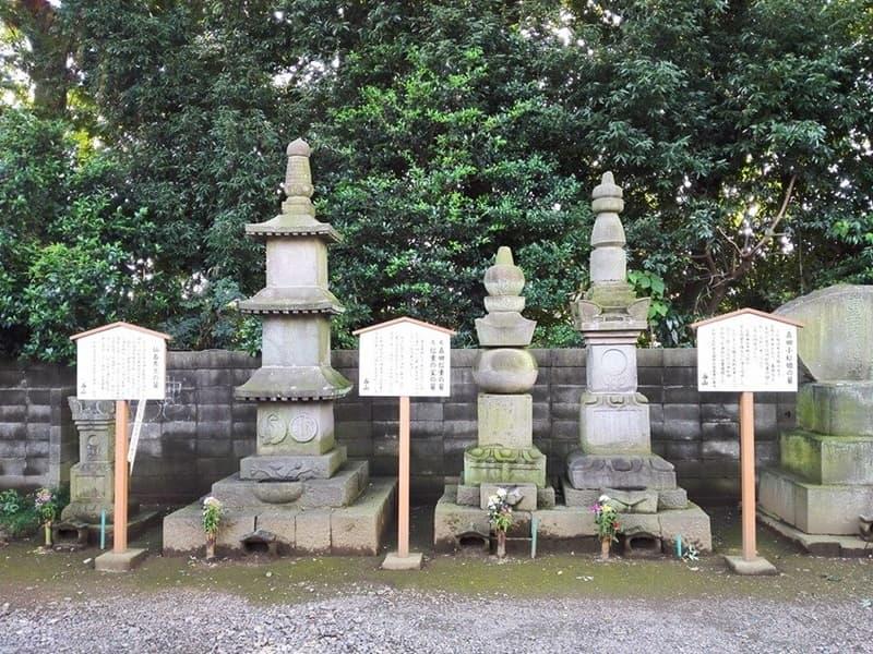 勝願寺。小松姫・仙石秀久の墓、三つ葉葵を許される。鴻巣市本町,画像05