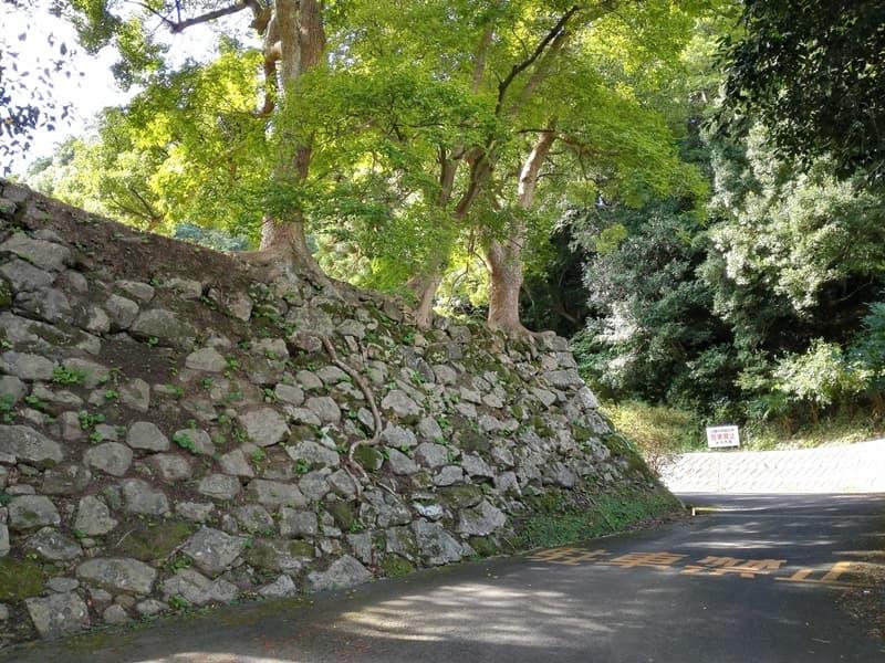 米子城。別名は久米城・湊山金城、江戸時代初期には米子騒動の舞台に,画像01