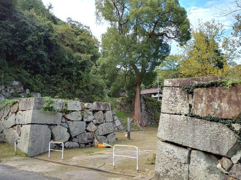 米子城。別名は久米城・湊山金城、江戸時代初期には米子騒動の舞台に,画像08